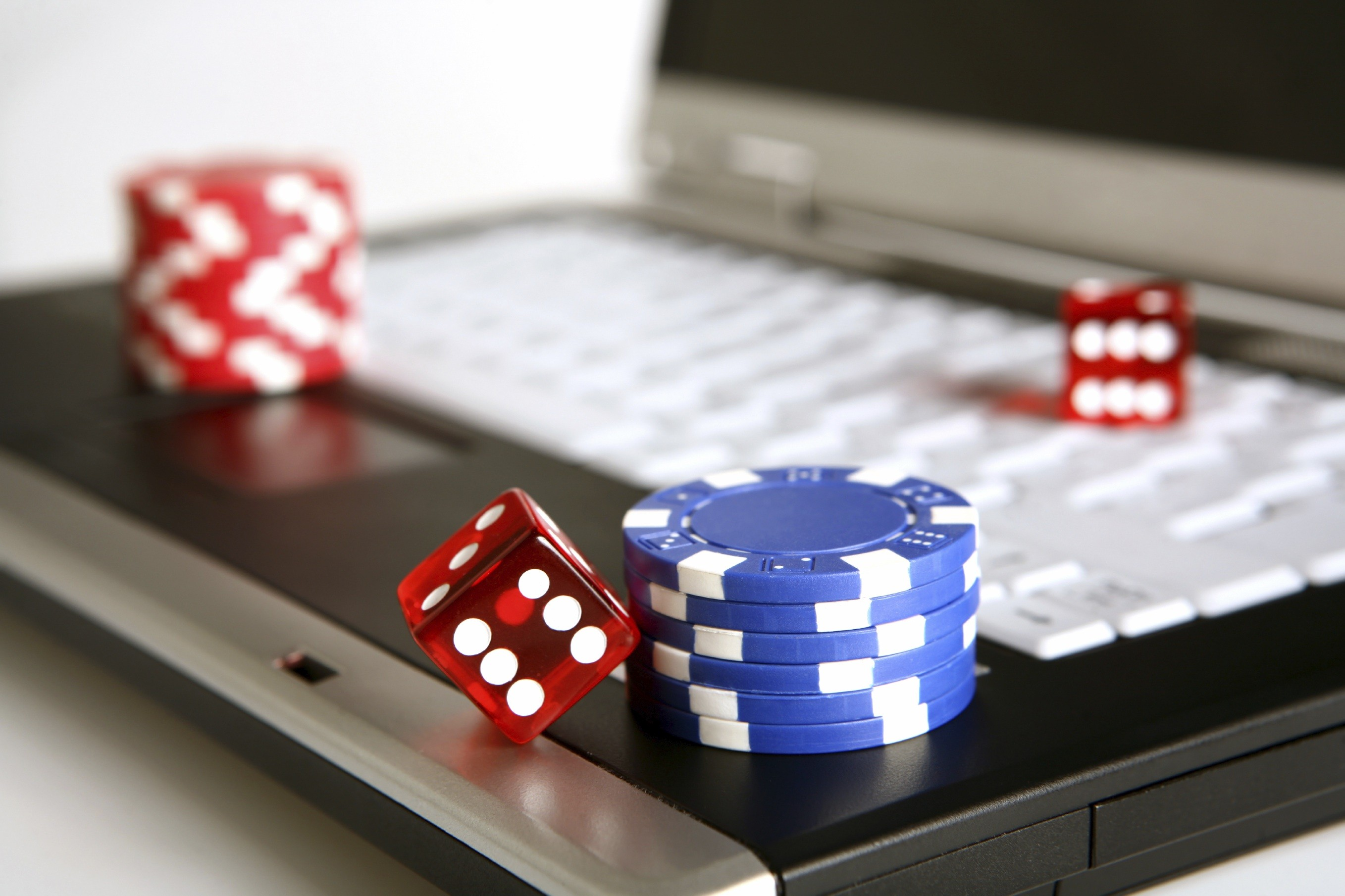 is online gambling illigal